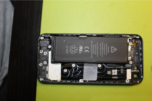 刚到手就拆解 组图:苹果iphone5拆机图赏
