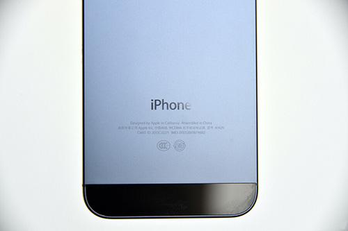 iphone5的边框是掉漆最为严重的地区