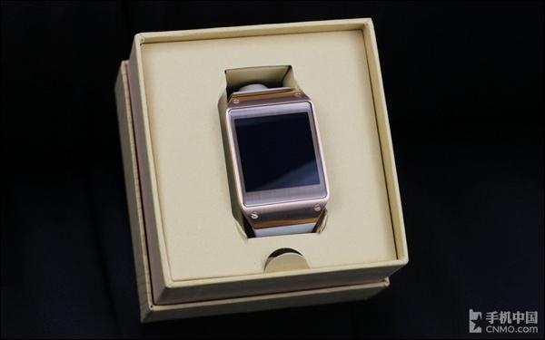 三星gear手表内部结构简洁
